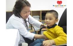 Khám sức khỏe định kỳ cho các bé - Hoạt động ý nghĩa, thiết thực