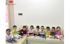 Lớp Jerry đến thăm nhà bạn Xuân Chi!