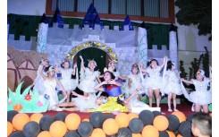 Trường Happy Smile đắm mình trong Ngày hội Thế giới cổ tích